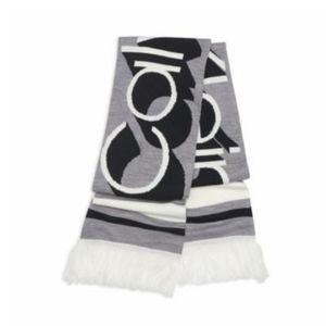 Calvin Klein Graphic Logo knit Scarf